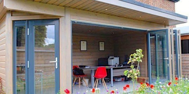 Surrey Garden Interior Low Res 1
